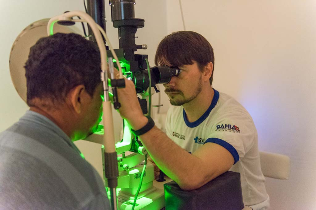 Retinal laser photocoagulation_5